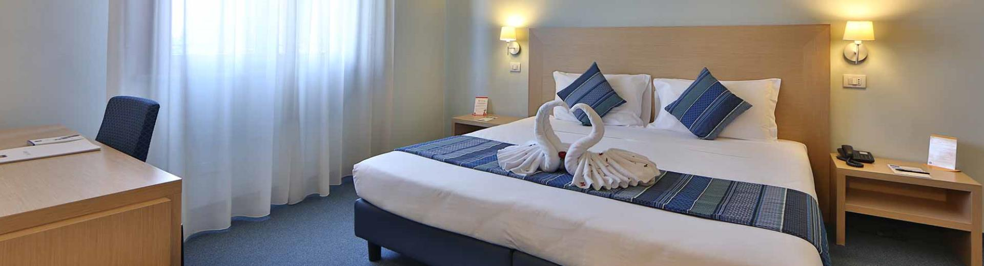 Looking for a hotel for your stay in Cerese  di Virgilio (MN)? Book/reserve at the Best Western Hotel Cristallo