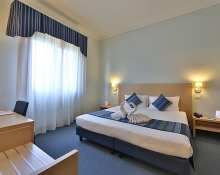 Book your stay in Mantova in the rooms of the Best Western Hotel Cristallo, equipped with all comforts