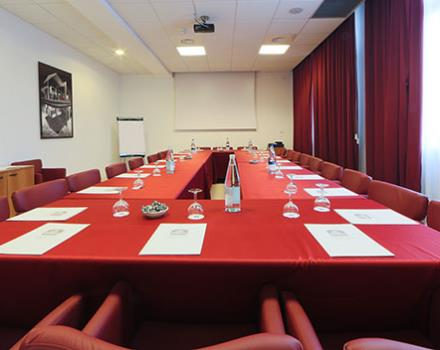Discover our meeting room for your business events