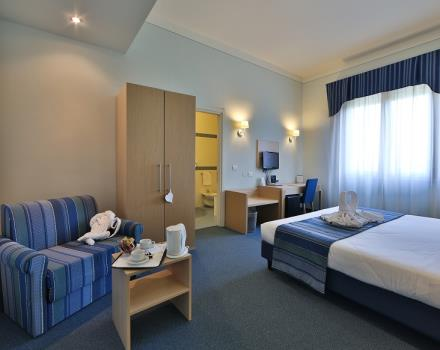 Elegant 4 star hotel single room in Mantova, Lombardy